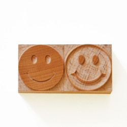 smiley-face-wood-type02